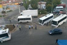 Ne olduğunu kimse anlamadı: Minibüsler yola saplandı!