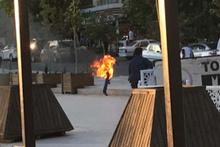 İşsiz genç üzerine benzin döküp ateşe verdi