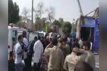 İran'da askeri geçit töreninde kalabalığa ateş açıldı Ruhani de oradaydı