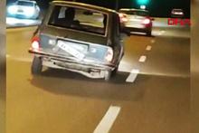 Trafikte arka tekeri olmayan otomobili görenler gözlerine inanamadı
