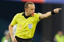 Cüneyt Çakır'a önemli görev derbi maçını yönetecek