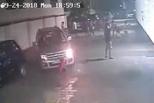 Aracın altın kalan çocuğun mucize kurtuluşu kamerada