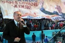 Cumhurbaşkanı Erdoğan 'Karanlık güçlerin besleyip büyüttüğü örgütlerin başını ezdik'