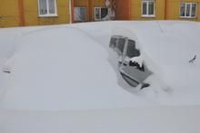 Bitlis'te park halindeki araçlar kara gömüldü!