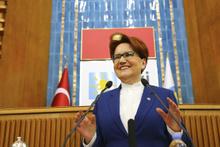 Meral Akşener İYİ Parti'nin yeni adaylarını açıkladı