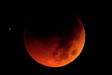 Süper Kanlı Kurt Ay Tutulmasıyla ilgili korkutan kehanet!