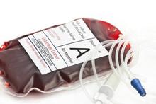 Gençlerin kanını alıp yaşlılara satıyor! Kanın fiyatı ise şoke etti