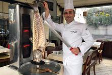 Hamsiburger, balık Adana derken şimdi de balık döner
