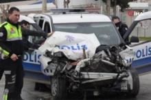 Denizli'de çöp kamyonu ile polis aracı çarpıştı! Temizlik görevlileri kaza sonrası...