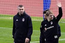 Beşiktaş'ta Burak Yılmaz ilk idmanına çıktı