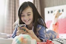 Ebeveynler ekran saatini çok da büyütmemeli