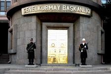Suriye'den Türk jetlerine yeni taciz