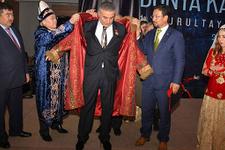 Sedat Peker'e Dünya Türklüğü Hakan'ı unvanı!