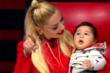 Hadise'nin bebek sevgisi!