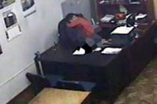 Devlet dairesinde seks skandalı kamerada!