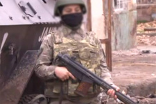 PKK'ya etek giydiren kadın askerler!