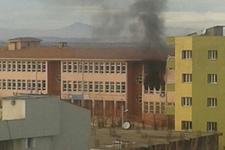 Teröristler saldırdı dumanlar yükseliyor!