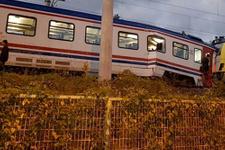 Sakarya'da tren kazası: Yaralılar var, seferler durdu