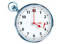 Yeni uygulama ile Kıbrıs'ta saatler de bölündü!