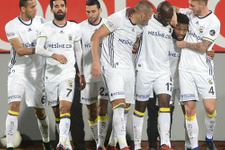 Fenerbahçe, Trabzonspor'u farklı yendi