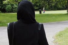 ABD'de başörtülü kadınlara saldırı