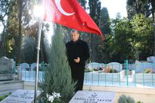 Erdoğan'dan cuma sonrası kabir ziyareti