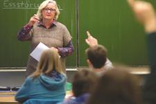Öğretmen emeklisi maaş ve ikramiyesi ne kadar?