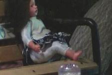 Oyuncak bebek Malatya'yı karıştırdı!