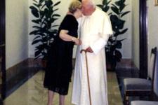 Papa'dan olay olacak seks çıkışı!