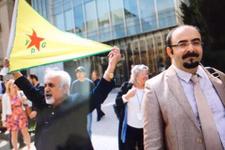 Emre Uslu YPG bayrağı yanında durunca ortalık karıştı
