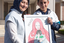 Suriyeli Muhammed'den Davutoğlu'na duygulandıran resim!