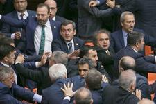 AK Parti ve HDP'li vekiller birbirine girdi Meclis karıştı!