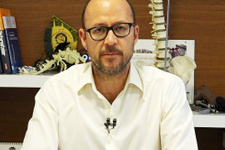 Dr. Onur Kulaksızoğlu Omurga eğriliği tedavisi nasıl yapılır?