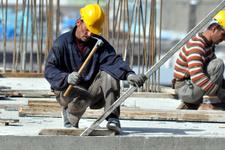Taşeron işçilere özel statüye sendikalardan tepki