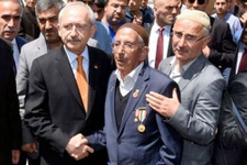 Kılıçdaroğlu'ndan Van'da taziye ziyareti