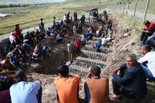 Diyarbakır'da 13 cenaze 60 kilo! Köylüler defnetti