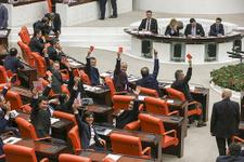 Dokunulmazlıklar için son karar Meclis'te kritik oylama