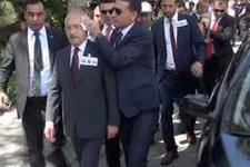 Kılıçdaroğlu'na şehit cenazesinde yumurtalı protesto