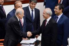 Meclis'te Kılıçdaroğlu ve Bahçeli oylama sırasında...