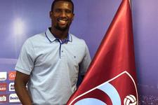 Douglas Trabzonspor ile yollarını ayırdı