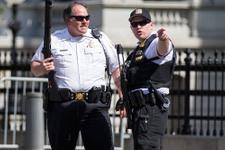 Beyaz Saray'da silah sesleri bir kişi vuruldu