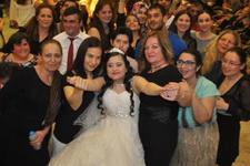 Yasemin istedi damatsız düğün yapıldı!