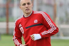 Aatif Chahechouhe Trabzonspor'a imza atıyor