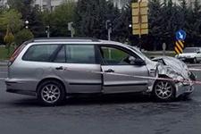 Ankara'daki korkunç kaza: 13 yaralı!