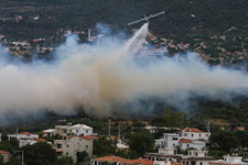 Antalya'da büyük yangın! Yangına müdahale ediliyor