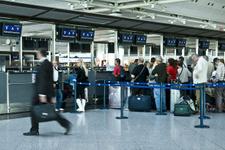 Saldırı sonrası havaalanları için önemli karar!