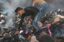 Esad çoluk çocuk demeden bombalıyor!