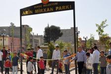 Canlı bombanın ismini parka verdiler