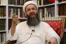 Cübbeli Ahmet Hoca cemaate ve darbecilere saydırdı