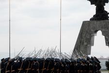Hükümet askeri liseleri kapatıyor!